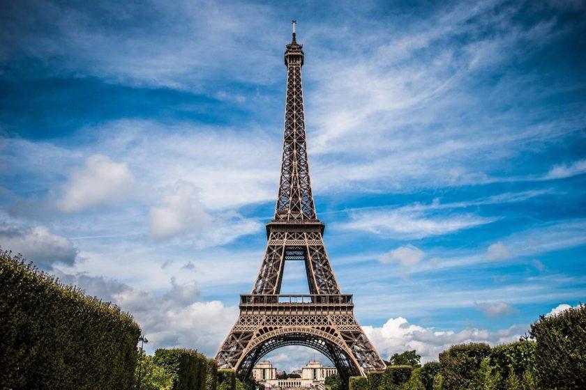 jak poslat peníze do Francie